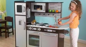 20 Play Kitchens to Make Chef Pretend Play More Fun and Realistic