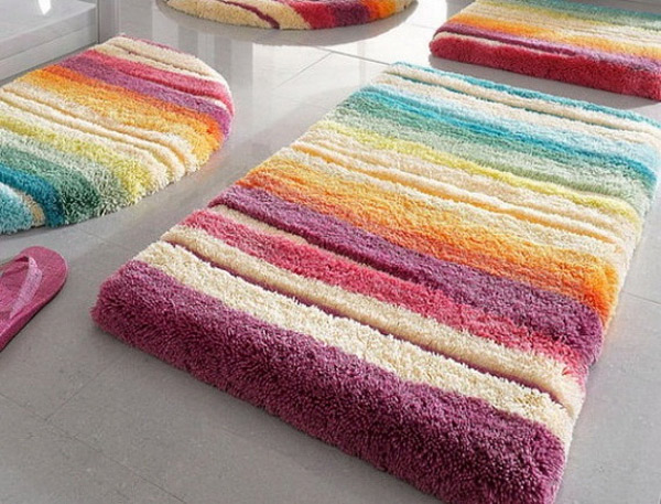 25 Cool Colorful Bath Rugs | eyagci.com