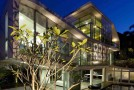 Limited But Peculiar Vicinities Exposed in the OOI House in Singapore