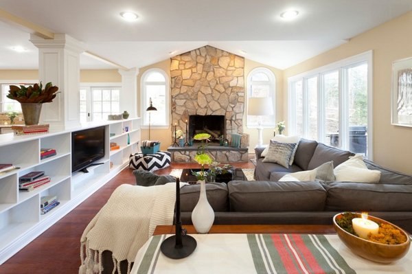 20 living room layouts with sectionals home design lover for How to arrange sectional sofa in living room