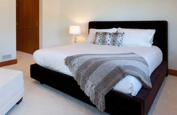 Challenging and rugged natural sites in the lakecrest for Crest home designs bedding