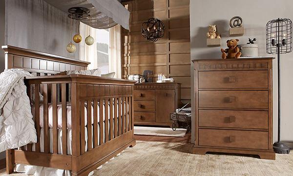 Wooden Glamour Nursery Idea