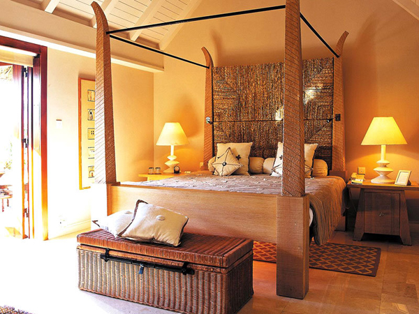 20 charming indian home decoration in the bedroom home for Bedroom designs indian