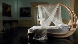 Enignum Canopy Bed
