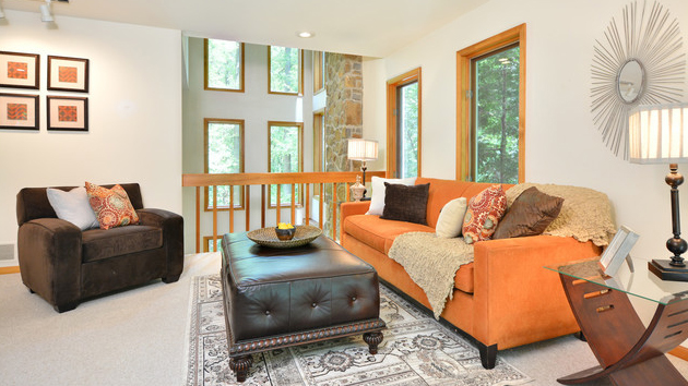 20 Living Rooms Gracefully Using Fall Colors Home Design Lover