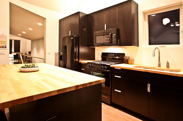 Kitchen Butcher Block Color : 22 Beautiful Kitchen Colors with Dark Cabinets Home Design Lover