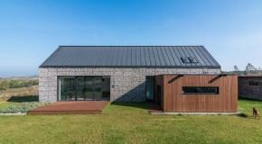 Impressive Design of the House in the Landscape by Kropka Studio