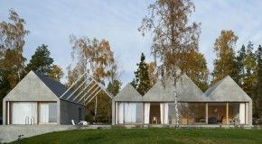 Summerhouse Lagno : A Boat House Like Home on the Plains