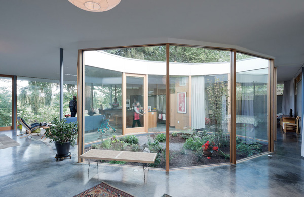 garden glass wall