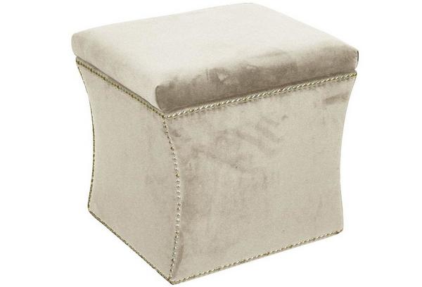 Nailbutton Upholstered