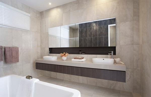 Ensuite bath tiles