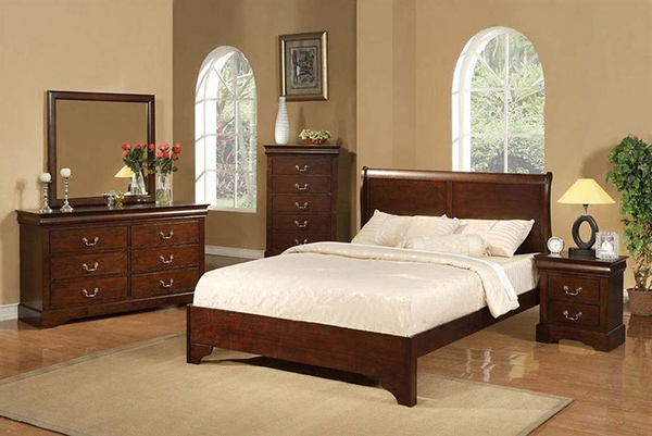 4-Pc Traditional Bedroom Set