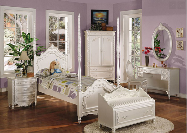 Pearl Traditional Kids Bedroom Set