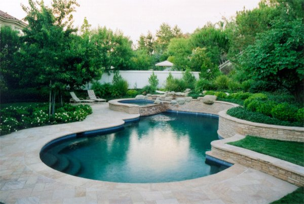 20 breathtaking ideas for a swimming pool garden home for Landscape design for pool areas