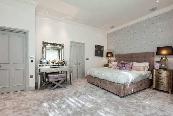 Villa London