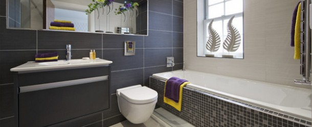 20 Alluring Designs of Tiled Bathrooms