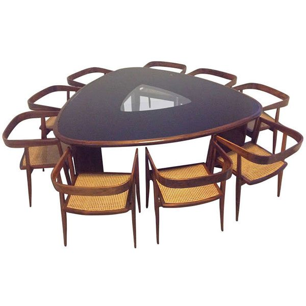 9. Rare Triangular Dining Table and Chairs - 20 Softly-Shaped Curves Of Triangular Dining Tables Home Design