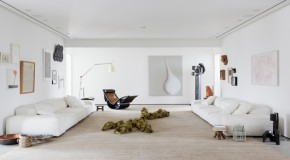 Art Collector Apartment: A Home of Exquisite Art Works in Brazil