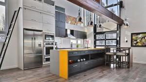 silver accent kitchen