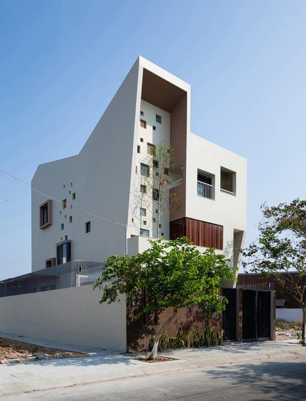 2H House