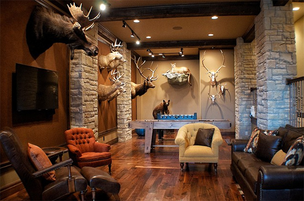 Animal head wall decors in 20 home interiors home design for Trophy room design