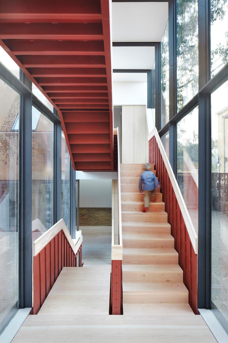 Kew cầu thang nhà