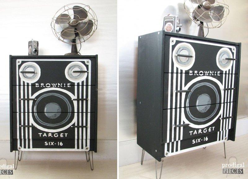 Box Camera Dresser