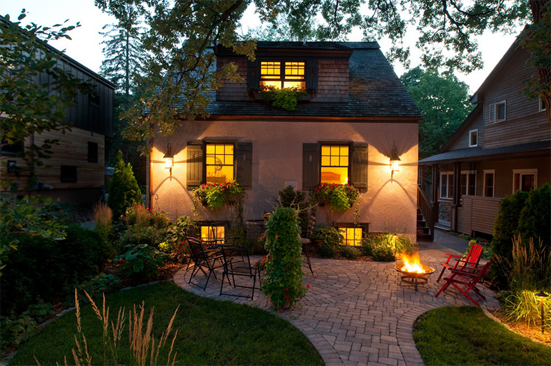 romantic patio lighting