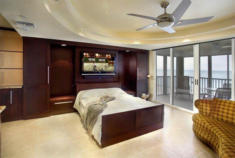 Naples Living Room - Zoom-Bed , Murphy Bed