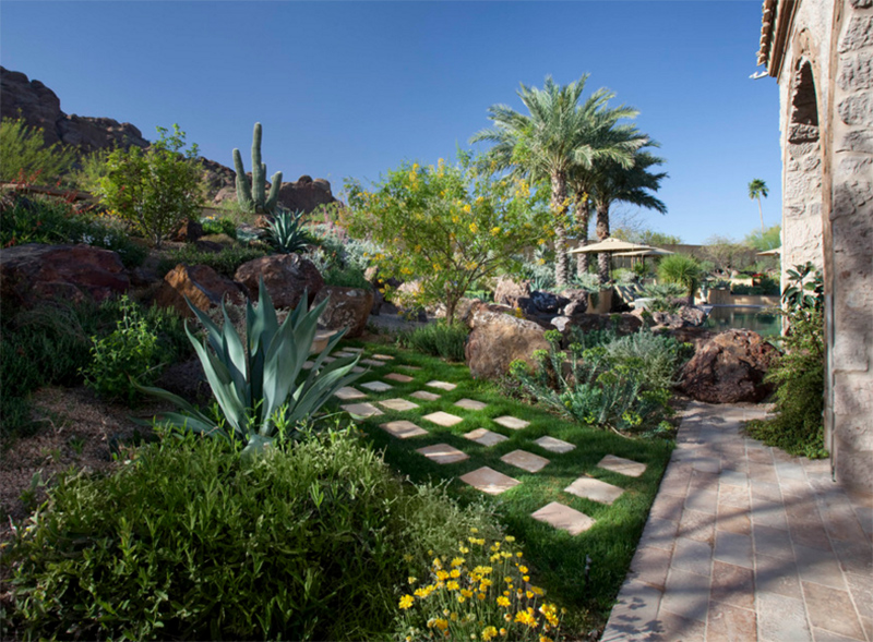 spacious garden