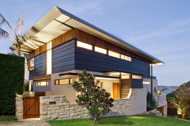 Contemporary Home in an Exposed Corner Site