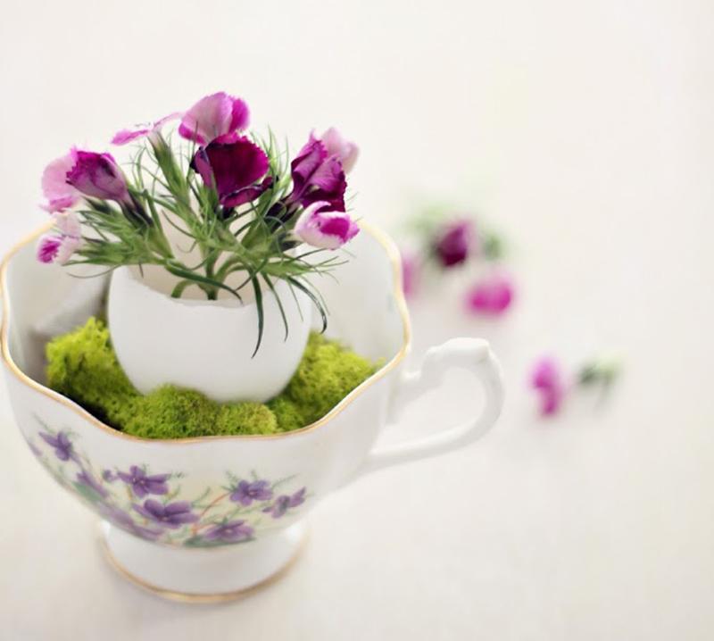 A Fragile Egg Vase