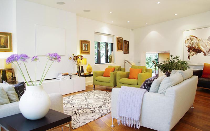 Colorful modern living room.