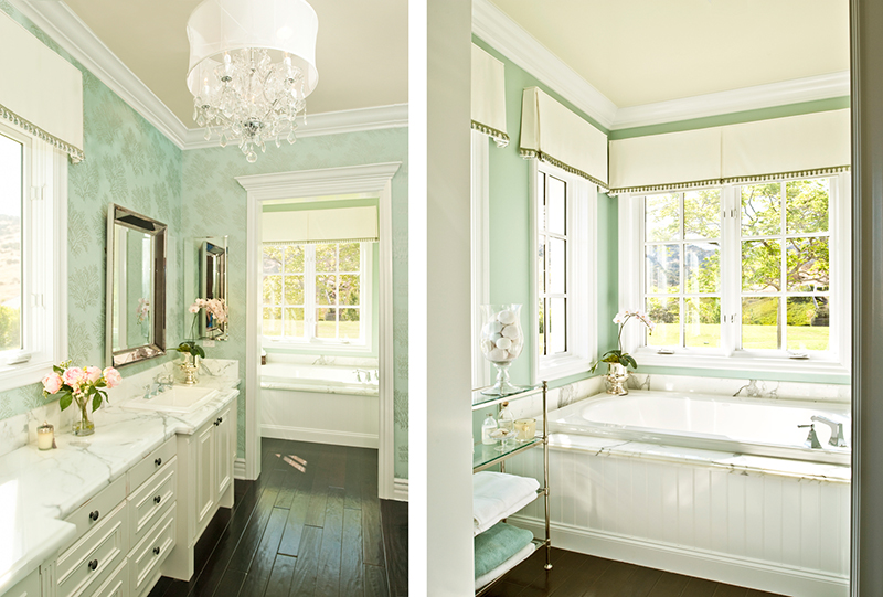 20 designs of stylish bathroom wallpapers home design lover for Bathroom designs bangalore