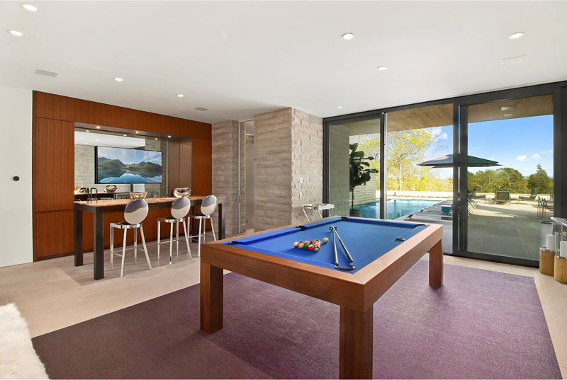 Hamptons Residence games room