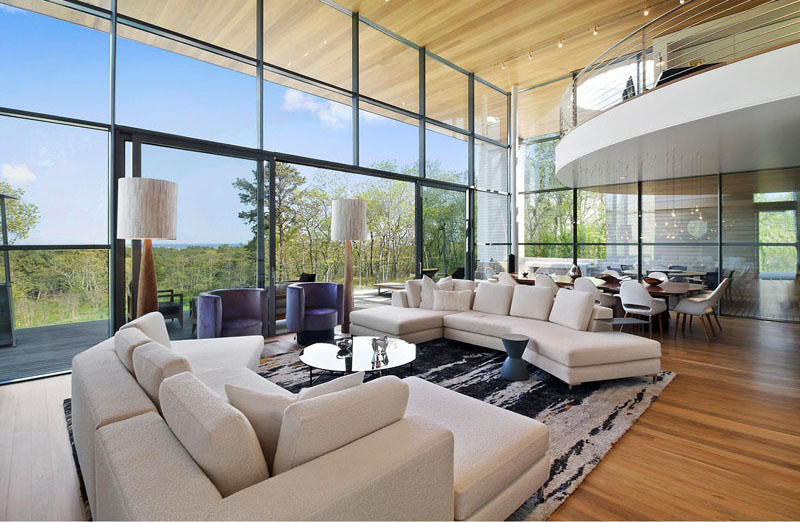 Hamptons Residence living area