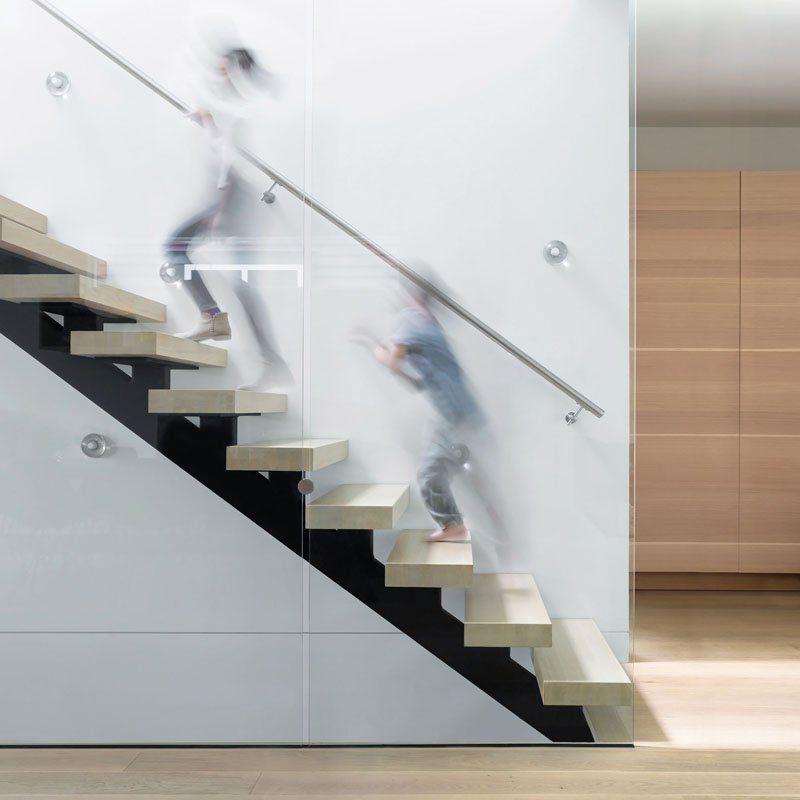 Mid-Block Contemporary House staircase