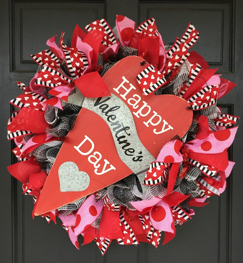Repurpose Christmas to Valentine Wreath Front Door