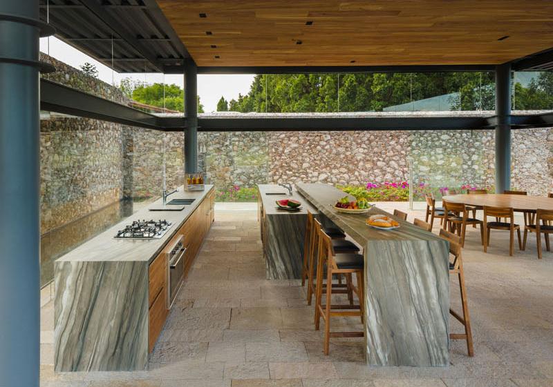 Hacienda El Barreno Visitors Pavilion dining