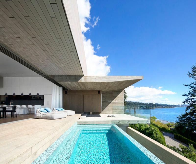 West Vancouver Mcleod Bovell deck