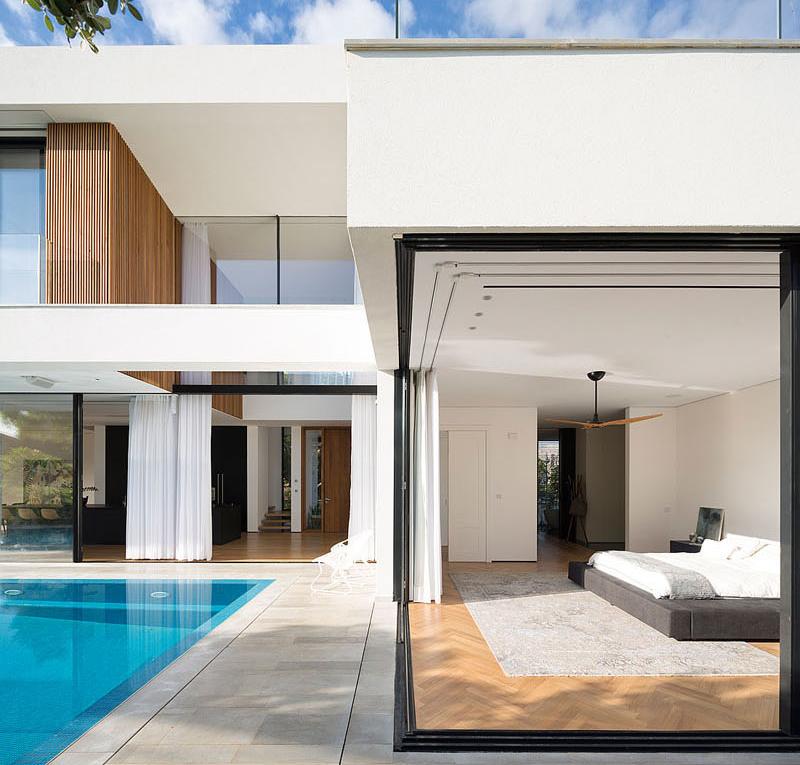 House 2 Rishon bedroom