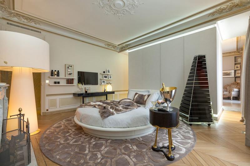Private Apartment, George V, Paris