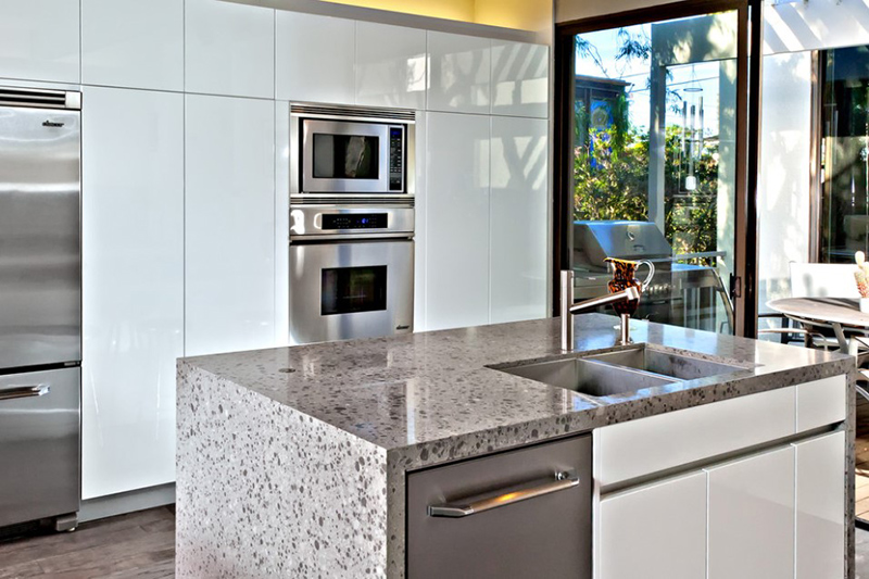 20 Well Designed Kitchens Featuring Synthetic Countertop Home Design Lover
