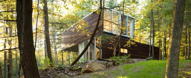 lakeside retreat nature house
