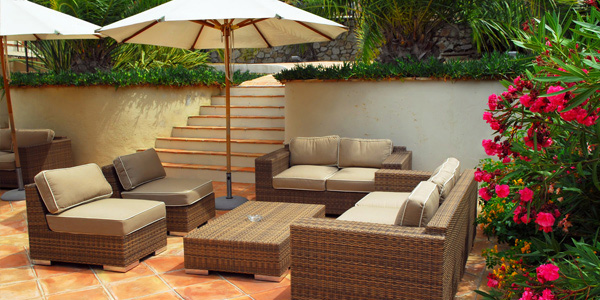 Tips In Designing An Outdoor Living Room Home Design Lover Interesting Outdoor Living Room Design