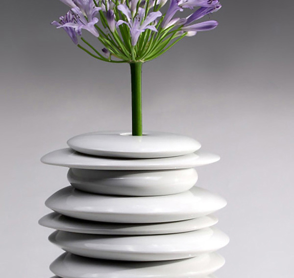 15 Unique White Vases For A Simple And Minimal Accent Home Design Lover