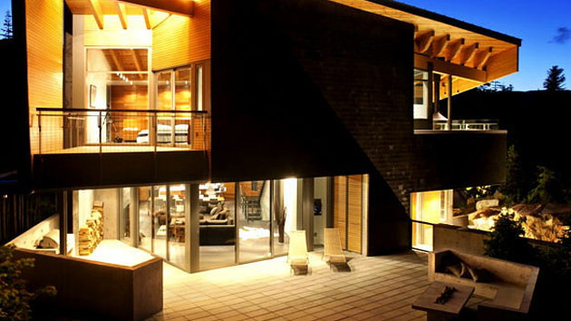 a residential house in columbia canada