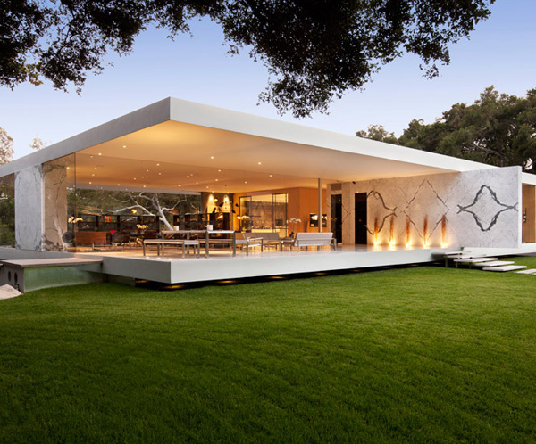 The awe inspiring glass pavilion house in santa barbara for Pavilion style home designs