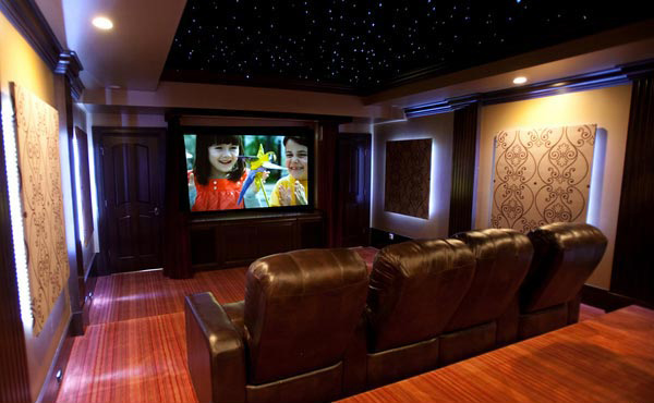 12 truly entertaining home theater designs home design lover. Black Bedroom Furniture Sets. Home Design Ideas