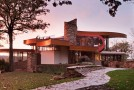 chenequa house in wisconsin